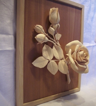 Talla de madera fina de la Rosa