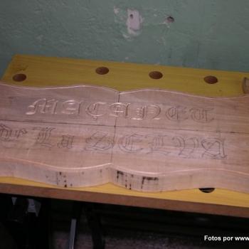 Letreros tallados_15