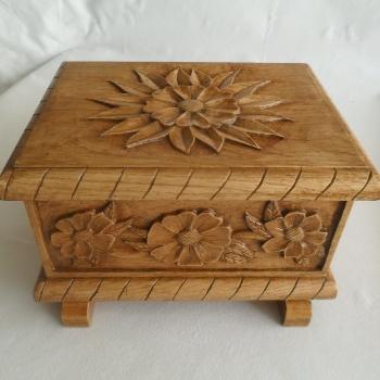 Caja de castaño