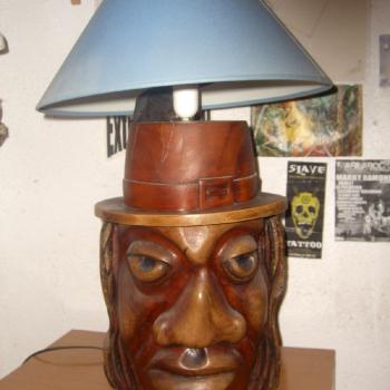 lampara de brujo hecha de eucalipto murciano