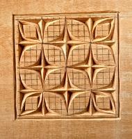 Primeros pasos. Chip carving de motivo gótico