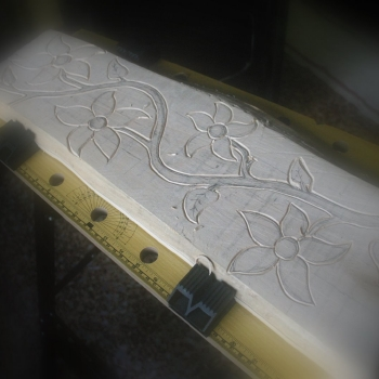 Talla paso a paso flores en tilo_1